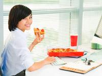 Makan Sehat di Tempat Kerja